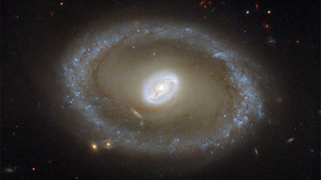 a-defence-of-the-bible-hubble-images-three